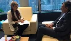جابري أنصاري وشميد يبحثان التطورات في اليمن وسوريا