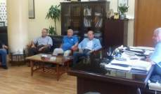 قمر الدين التقى مجلس ادارة المستشفى الاسلامي وإستمع لخطة معالجة النفايات من وفد دار الهندسة