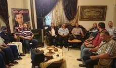 وقفة تضامنية لعدد من العسكريين المتقاعدين ببعلبك مع العميد محمود طبيخ