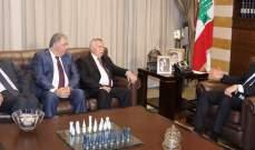 التميمي زار الحريري: أطلعناه على ما تتعرض له القضية الفلسطينية من انتهاكات