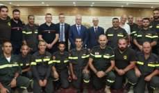 تسليم شهادات لمدربين في الدفاع المدني في ختام الدورة التدريبية حول مجموعة الهواء المضغوط