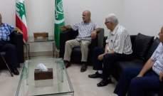 حمود استقبل وفدا من القوى الفلسطينية:لإنهاء ظاهرة إطلاق النار بمخيم عين الحلوة