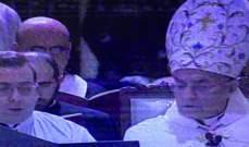 بدء صلاة افتتاح تساعية الميلاد برئاسة البطريرك الراعي وحضور الرئيس عون