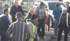 النشرة: اعتصام لموظفي بلدية الغازية بسبب عدم دفع رواتبهم منذ ستة اشهر