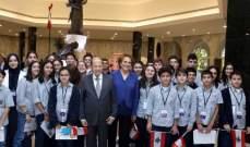 استقبال طلاب المدارس من مختلف المناطق بالقصر الجمهوري بمناسبة الإستقلال