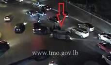 التحكم المروري: جريح نتيجة انقلاب مركبة على تقاطع الصيفي بيروت