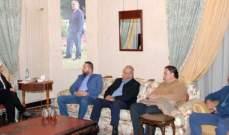 بهية الحريري عرضت مع وفد من كفرفالوس قضية عقار آل الحريري