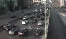 حركة المرور كثيفة من انطلياس باتجاه جل الديب وصولا الى نهر الموت