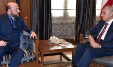 """الجمهورية:بري أكد للرياشي أنه وحزب الله لا دخل لهما بـ""""السياديتين"""" العائدتين للمسيحيين"""