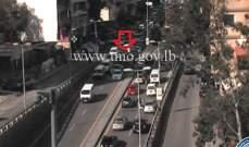 تصادم بين 3 سيارات على طريق بشارة الخوري- بيروت باتجاه قصقص وحركة المرور كثيفة