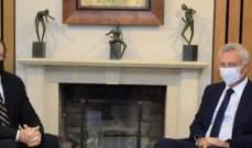 الشرق الاوسط: شينكر أبلغ فرنجية بأن العقوبات على فنيانوس لا تستهدفه شخصياً ولا تمت بصلة إلى المردة