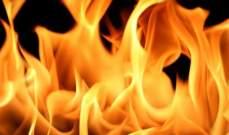 الدفاع المدني أخمد حريق خيمة داخل مخيم للنازحين السوريين في قب الياس