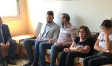 تيمور جنبلاط زار الجريح سامو غصن في مستشفى قلب يسوع