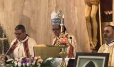 روحانا في قداس بعيد القديس شربل: كان صوت المسيح في صمته وصلاته وعزلته
