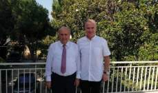مصطفى حسين التقى السفير اللبناني في استراليا