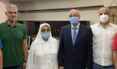 أبو شرف عاين الأضرار بمستشفى الوردية: على الدولة تحمل مسؤولياتها تجاه المستشفيات المتضررة