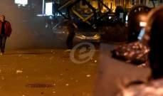 استمرار المواجهات بين القوى الأمنية والمتظاهرين قرب مقر الكتائب