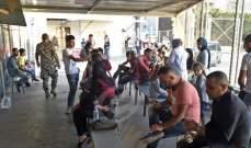 دفعة من النازحين السوريين انطلقت من برج حمود عائدة الى بلادها