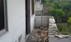 انهيار سقف شرفة أحد المنازل في حي المغربي لمخيم البرج الشمالي