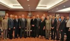 أيوب عرض سبل التعاون مع وفد من جامعات بيلاروسيا
