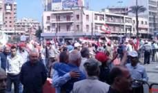 تجمع مطلبي كبير في ساحة النور في طرابلس