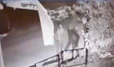 """إطلاق 5 فتيان من مخفر حمانا أوقفوا لازالتهم لافتة لـ """"التيار الوطني"""""""