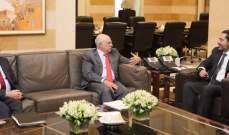 الحريري بحث ازمة اليد العاملة الفلسطينية مع ابو سليمان ومنيمنة
