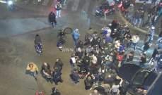 محتجون يقطعون شارع مار الياس تضامنا مع الموقوفة دانا حمود