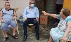 بقرادونيان تفقد عائلات متضررة نتيجة انفجار مرفأ بيروت وقدّم مساعدات لها