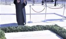 دريان زار ضريح الحريري: يمعنون باغتيال لبنان ومحاصرة شعبه من خلال إعاقة تشكيل الحكومة