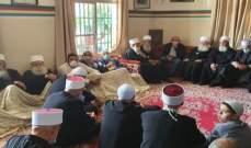 جنبلاط التقى مشايخ في عاليه وزار مستشفى الإيمان