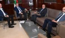 الفرزلي وابو شرف يبحثان مطالب الاطباء العالقة في اللجان النيابية