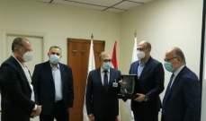 وزير الصحة نوه بجهود مستشفى عين وزين: للتكامل بين القطاعين الخاص والعام