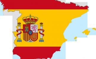الشرطة الاسبانية تحاصر المركز الرياضي الذي سيصوّت فيه رئيس كاتالونيا بالاستفتاء