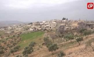 النشرة: المناطق الواقعة شمال حلب تشهد نزوحا كبيرا جراء عملية الجيش الحر