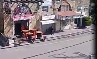 النشرة: سوق جبيل خالٍ من الزوار بسبب كورونا