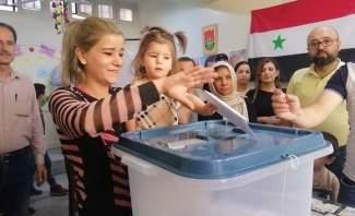 النشرة: إقبال شديد وغير مسبوق على مراكز الإقتراع في سوريا