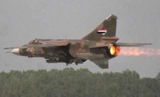 النشرة: سلاح الجو السوري يواصل استهداف مناطق للمسلحين بريف حماه