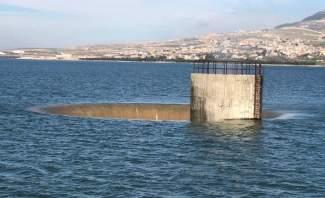 النشرة: القرعون تحولت من بحيرة ميتة الى بحيرة تعج بالزوار لارتفاع منسوب المياه