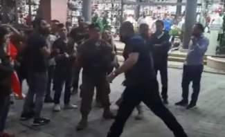 النشرة:اشكال بمزرعة يشوع بين مواطنين ومتظاهرين والجيش يتدخل لفض المشكل