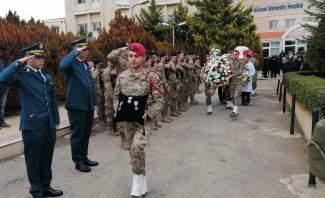 قيادة الجيش شيعت الشهداء الثلاثة الذين ارتقوا في الهرمل أمس