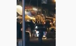 """اشكال بين المعتصمين وعدد من شبان """"التيار الوطني الحر"""" في مزرعة يشوع"""