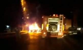 احتراق سيارة في جبيل والنيران تمتد للاشجار المجاورة