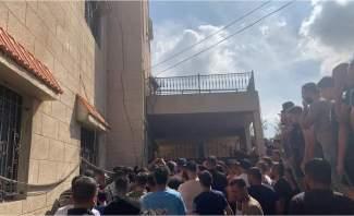 تظاهرة امام مكتب النائب حسن فضل الله في بنت جبيل