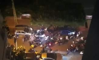 """تظاهرة أمام مبنى قناة """"الجديد"""" احتجاجًا على مقدّمة النشرة المسائية"""