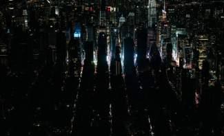 انقطاع كهربائي واسع النطاق بنيويورك وساحة تايمز سكوير تغرق بالظلام