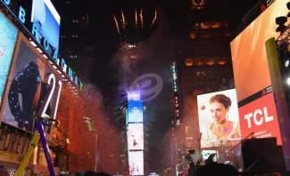 "مليونا شخص يستقبلون العام الجديد في ميدان ""Times Square"" في نيويورك"