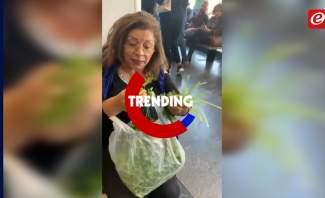 """trending +:بانتظار دورها في المصرف...سيّدة """"تنقي"""" البقدونس"""