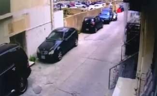 """سرقة الدراجة النارية لمصور """"النشرة"""" خلال تغطية اعلامية قرب قصر العدل"""