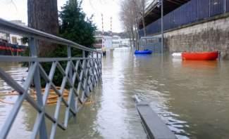 مقتل 3 أشخاص بسبب الفيضانات بالغرب الأوسط الأميركي